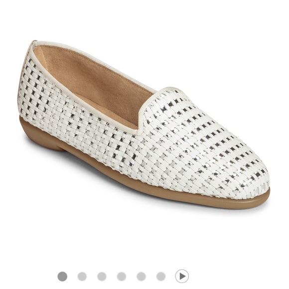 85d77b373f7 AEROSOLES Shoes - Aerosoles White and Silver Leather Betunia Loafers